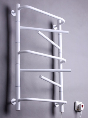 Электрический полотенцесушитель Элна-7 поворотная (белая)